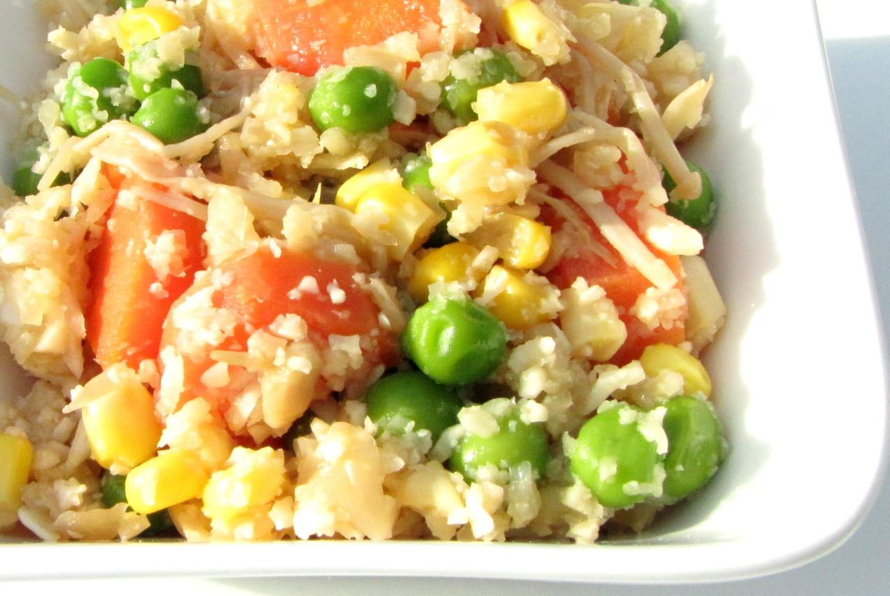Cauliflower fried rice (no rice)
